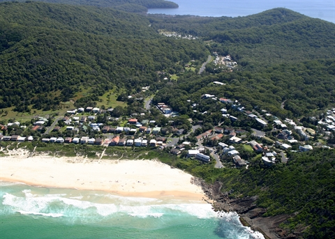 Aerial-view-Blueys-Beach-back-towards-Palms-Oasis-Caravan-Park-and-Planning-Prpposal-site.jpg
