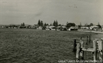 Web-The-Waterfront-Tuncurry-c1950-courtesy-Great-Lakes-Museum.jpg