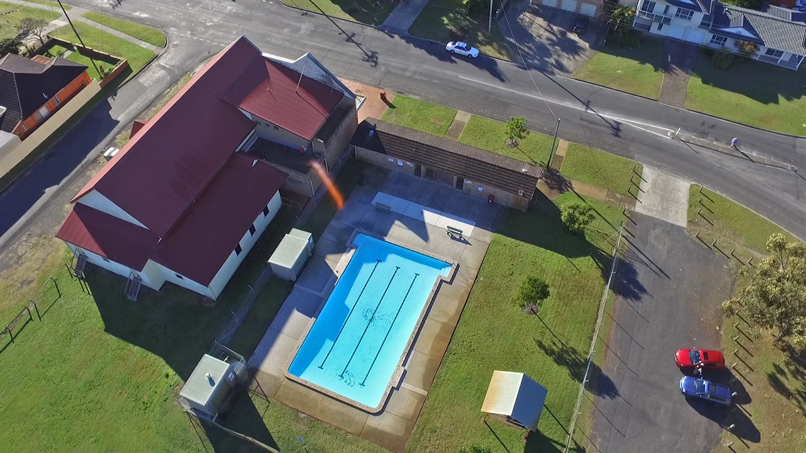 Tuncurry-pool-aerial.jpg